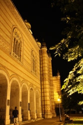 synagogue by night 1