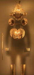 Museo del Oro exhibit 5 (another gold outfit)