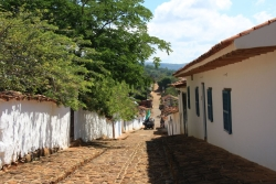 walking the 8km to the village of Guane