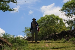 hot and pretty (no not him... the trail to Guane)