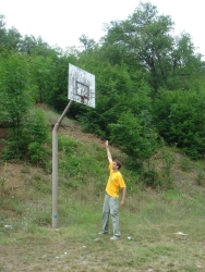 world's tallest basketball hoop