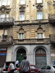 133 - and you can see why. yikes! so many beautiful old buildings in disrepair.jpg