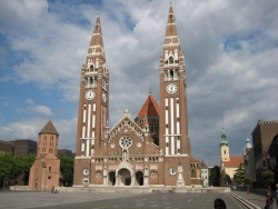 the Szeged cathedral - Hungary's finest as far as we're concerned