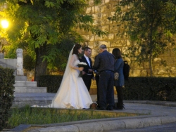 oh, and there were a lot of random wedding shoots all over the place - the city for love and well-dressed people