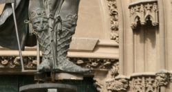 is this statute wearing boots or sandals?