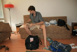 packing up in the old summer flat - bye bye lake Ohrid...